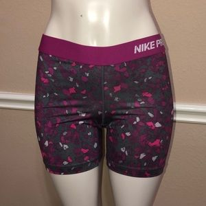 NIKE PRO Dry Fit Shorts (Large)